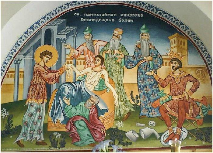 Святой Пантелеимон исцеляет неизлечимо больного