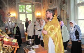 Праздничные богослужения в Неделю 14-ю по Пятидесятнице