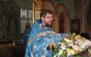Праздничные богослужения в день празднования Казанской иконы Божией Матери