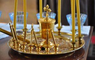 В нашем храме по субботам совершается Таинство Соборования
